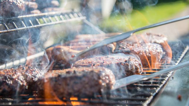 Tips for safe grilling this labor day