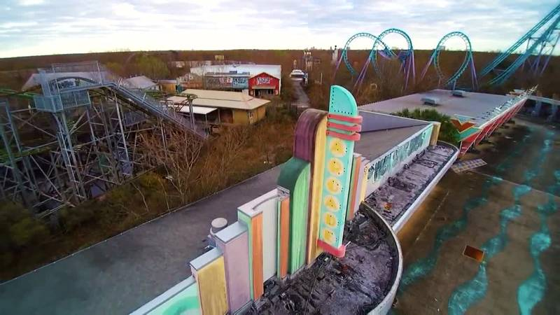 Drone video of abandoned Six Flags New Orleans