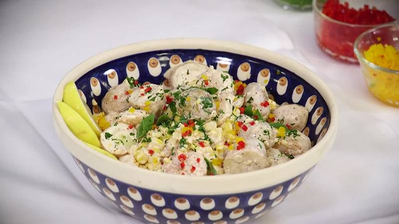 Shrimp boil-in-a-bowl (Shrimp boil potato salad)