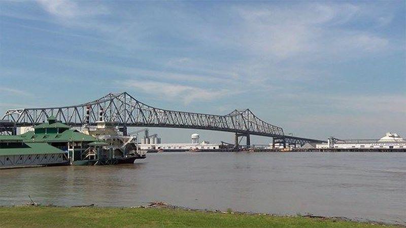 Mississippi River Bridge (Source: WAFB)