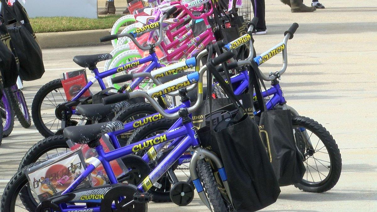 Attorney Gordon McKernan held his annual bike giveaway Friday, Dec. 20.