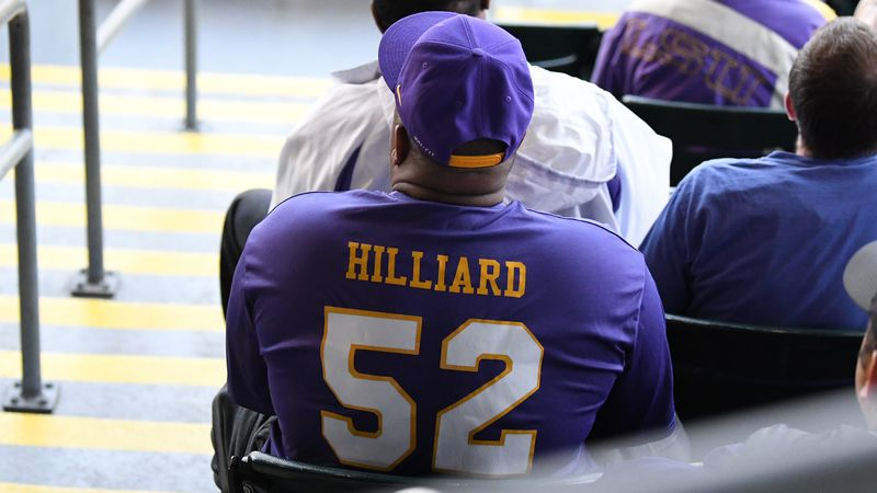 Keith Hilliard, father of LSU pitcher Ma'Khail Hilliard, watches his son on the mound in 2019.