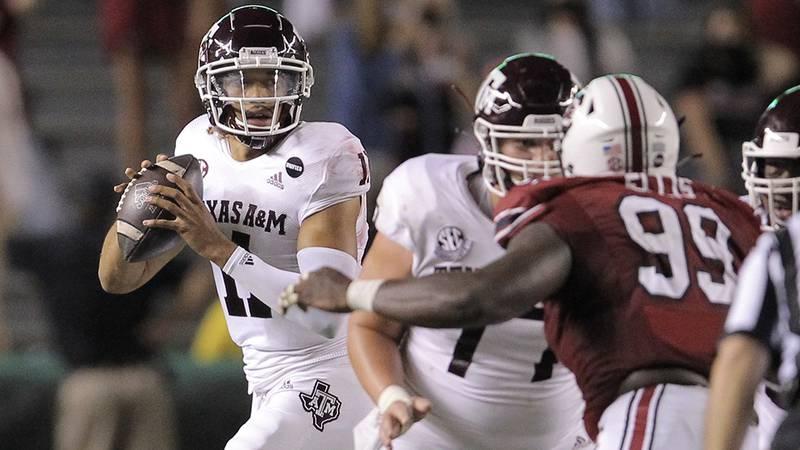 Texas A&M quarterback Kellen Mond (11)