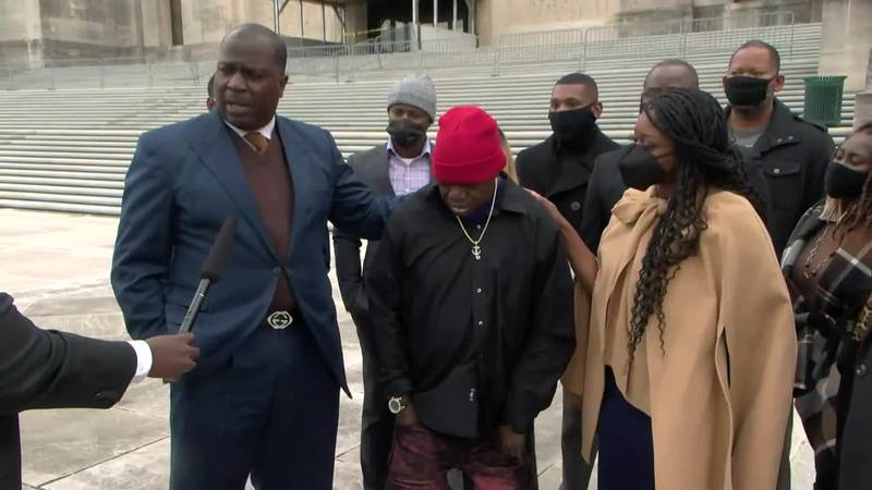 FULL VIDEO: Attorneys for Aaron Bowman, who was allegedly beaten with excessive force by LSP...