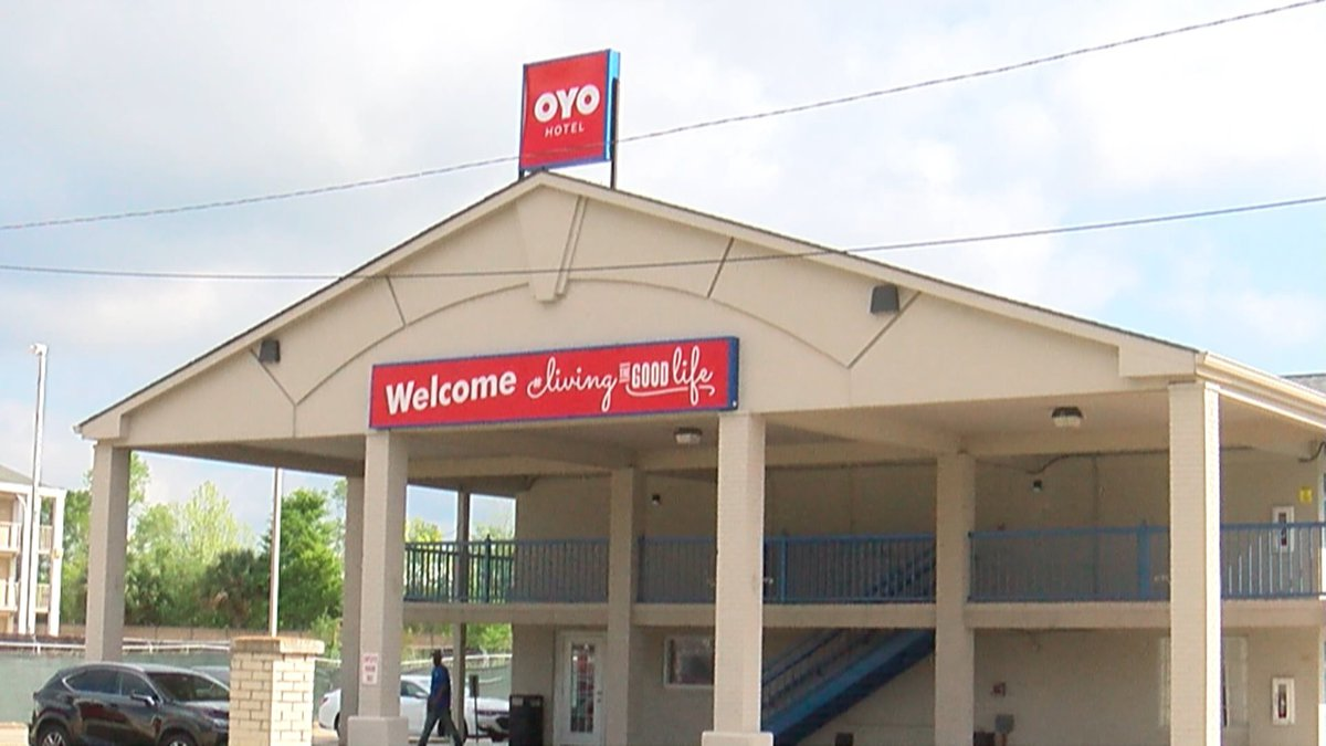 OYO Hotels offers free rooms for healthcare workers across the Baton Rouge area. (Source: WAFB)