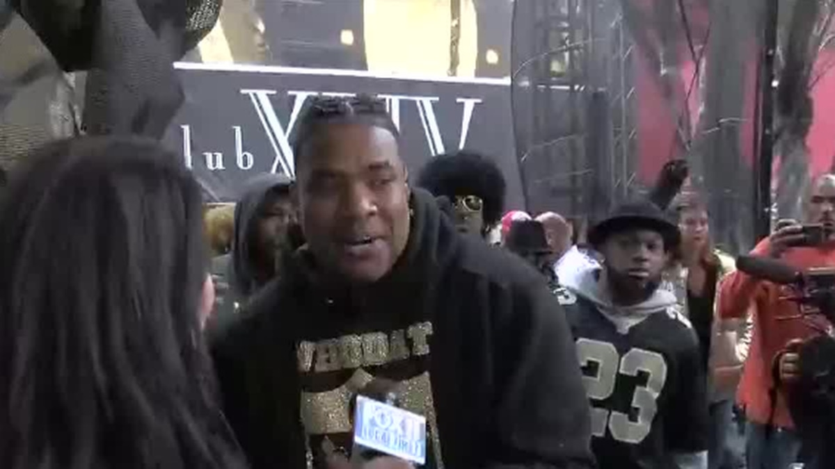 Choppa performs at Champion Square before the Saints playoff game.