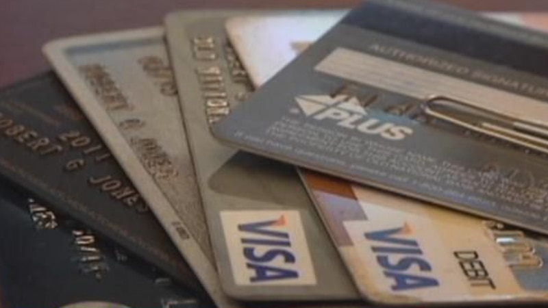 Expert shows ways to stay out of debt
