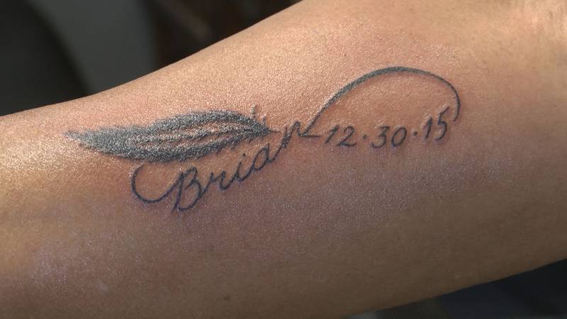 Gwen Knox shows off her new tattoo, honoring the life of her son, Brian, who died from a heroin...
