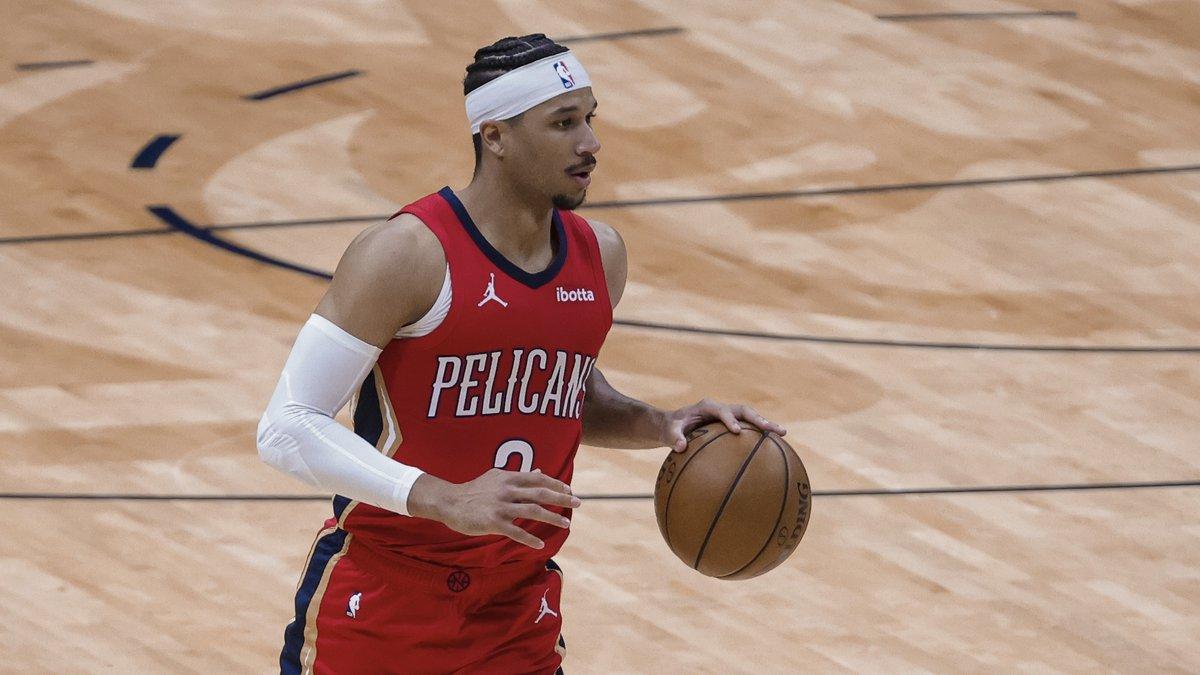 New Orleans Pelicans guard Josh Hart (3) against the Dallas Mavericks in the third quarter of...