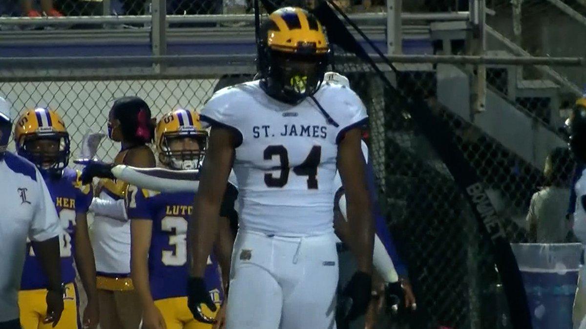 St. James defensive end Sai'Vion Jones (34)
