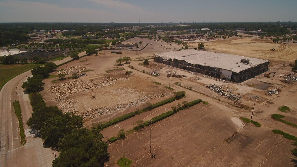 The old Cortana Mall will be the site of the new Amazon fulfillment center.