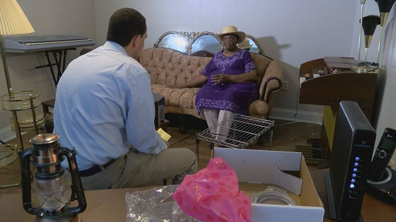 Aynn Murray says she was scammed by a moving company called Fast Affordable College Student...