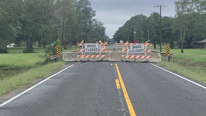 Three bridges closed in East Baton Rouge Parish, La. could cause traffic backups.