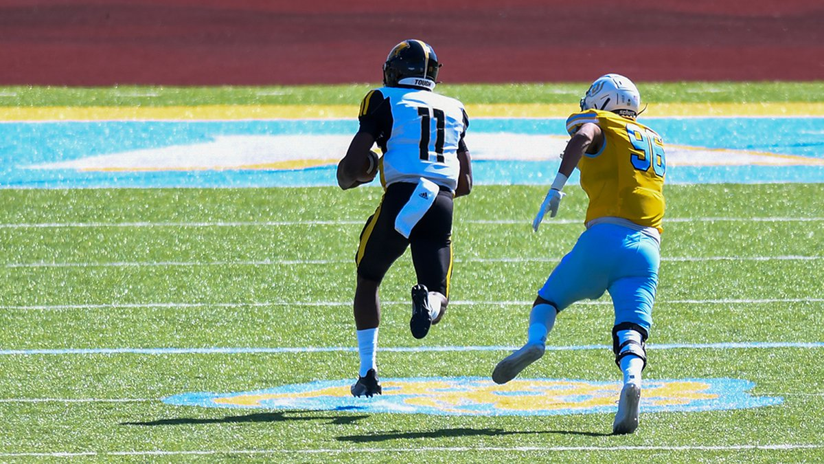 Arkansas-Pine Bluff quarterback Skyler Perry (11) runs for a 31-yard touchdown against Southern...