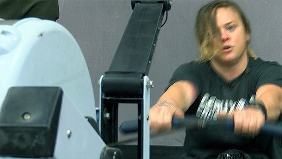Tiffany Lester works hard with her trainer to prepare for the Crossfit Games (Source: WAFB)