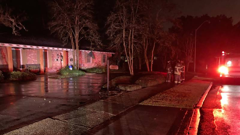 Baton Rouge firefighters say they responded to a fire on South Lakeshore Drive that they...