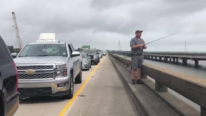 Man fishing off Bonne Carre Spilway after wreck, diesel spill closes interstate