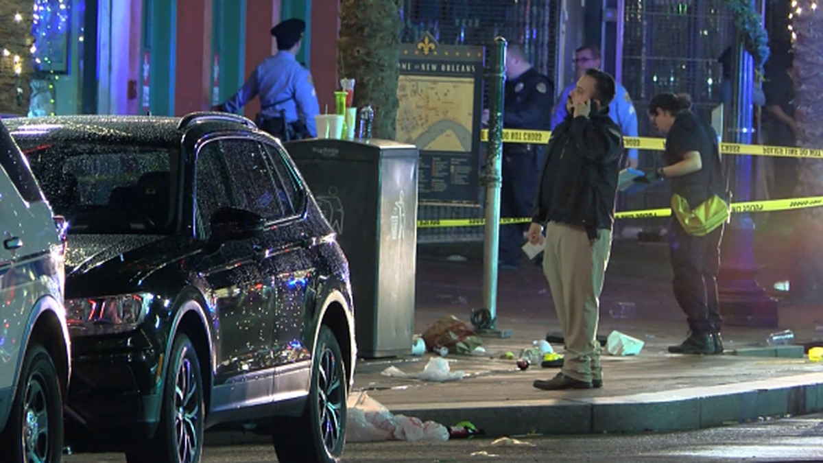 Ten people were injured after a gunman opened fire on a crowd on Canal St. early Sunday morning.