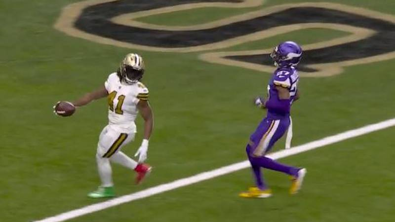 The NFL fined Alvin Kamara $5,000 for wearing red-and-green cleats in Christmas win over the...
