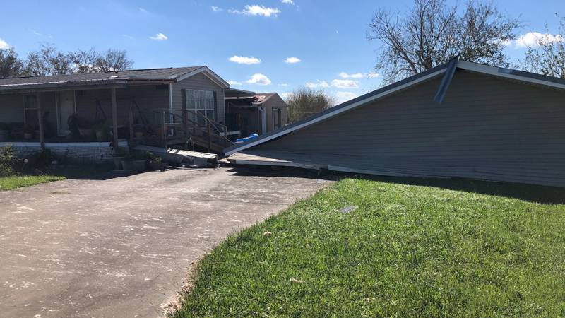 People who live in South Lafourche are trying to pick up the pieces today after Hurricane Zeta.