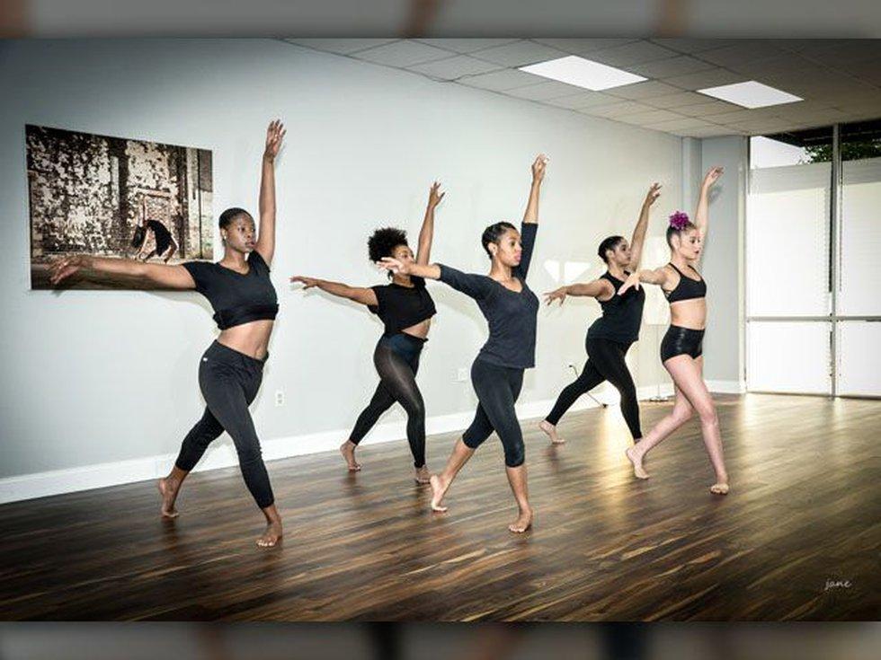 Front row: Shamira Cummings-Arita, Olivia Letelier-Lietaue, Back row: Roxi Victorian, Breana...