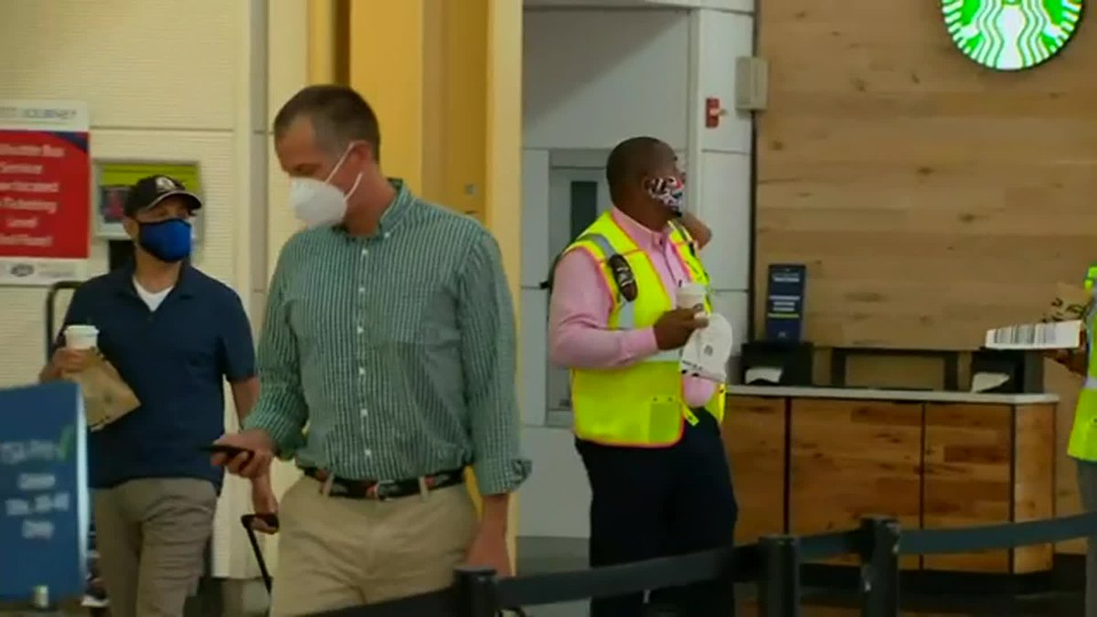 The Transportation Security Administration says it screened 1.86 million people on Sunday.