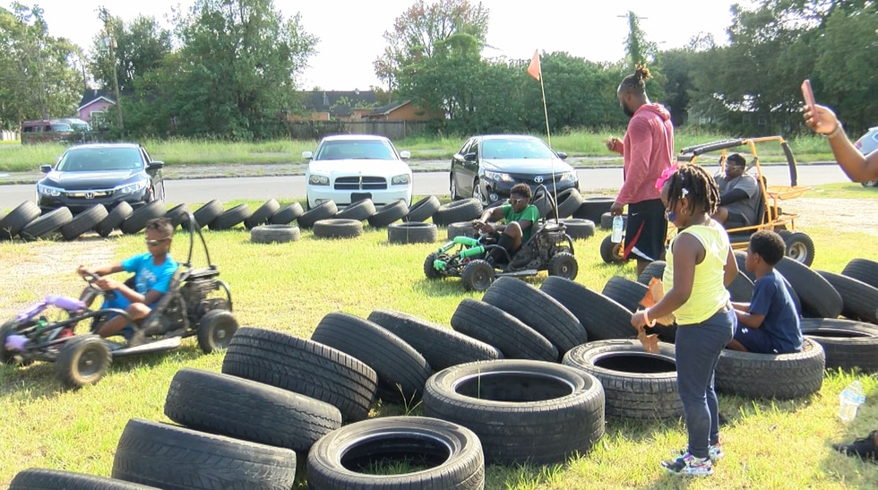Fit 2 Men is a non-profit program that aims to help kids in high crime areas.